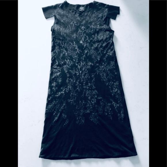 440d1e15 Alexander McQueen Dresses & Skirts - Alexander McQueen midi black dress XS